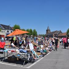 Flea market at Moerbeke (saturdays)